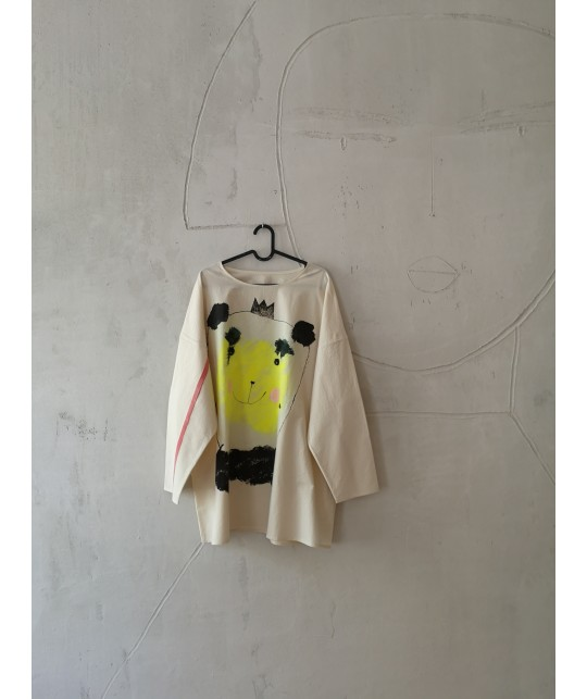 bear with me tunic/shirt M