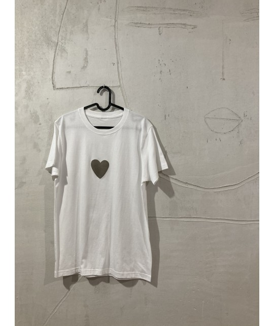 just heart t'shirt S